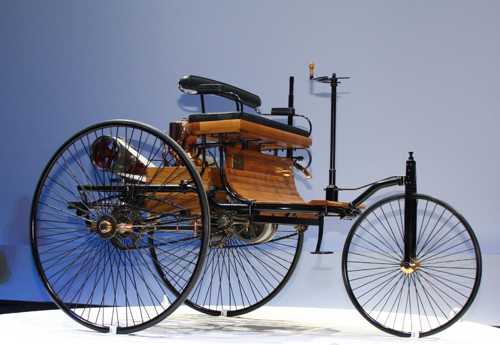 Anlass für das Jubiläum: Patentanmeldung für den dreirädrigen Motorwagen durch Carl Benz vor 125 Jahren.