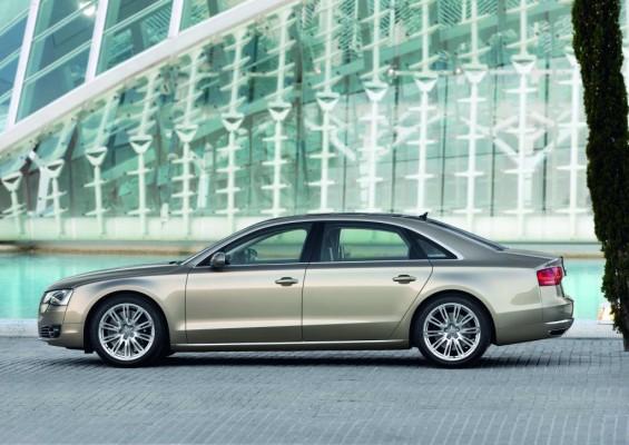 Audi baut Versuchsträger mit Breitband-Internetanbindung