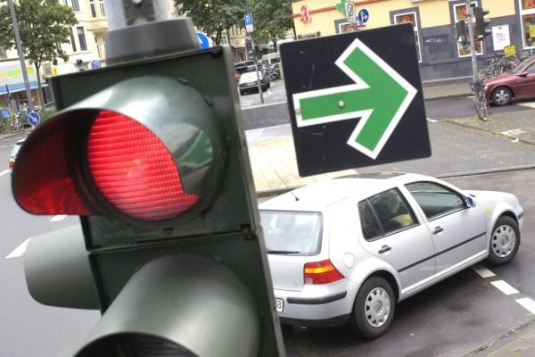 Augenärzte: Mit Rotschwäche keine Personenbeförderung