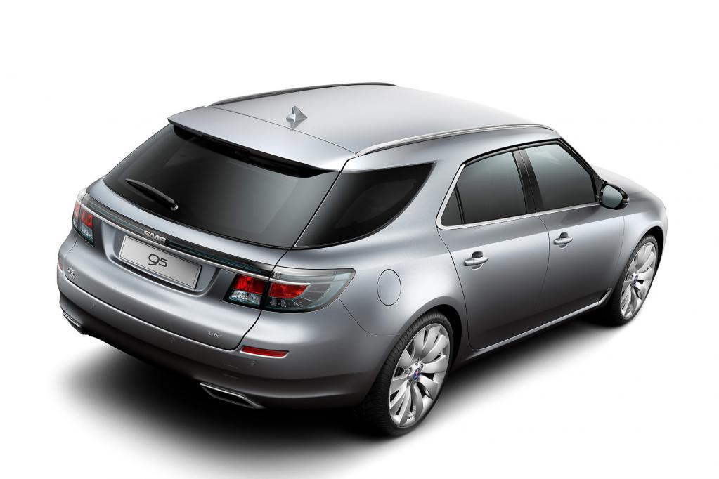 Bei Saab gibt es den 9-5 Sport Combi zu bestaunen, der technisch auf dem Opel Insignia basiert.
