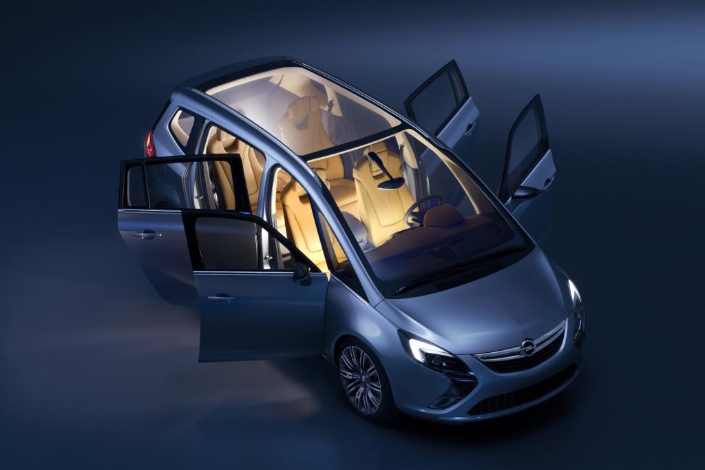Der Opel Zafira Tourer Concept kommt deutlich moderner daher als sein Vorgänger