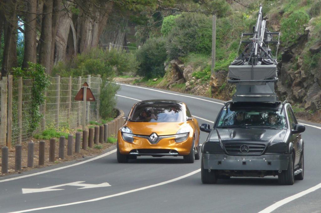 Der  R-Space ist mehr ein Van mit Anklängen an die sportliche Kompaktklasse