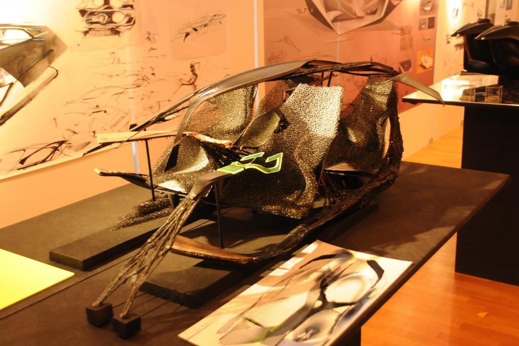 Die Studie von Etienne Giuga besteht fast vollständig aus galvanisiertem Kupfer