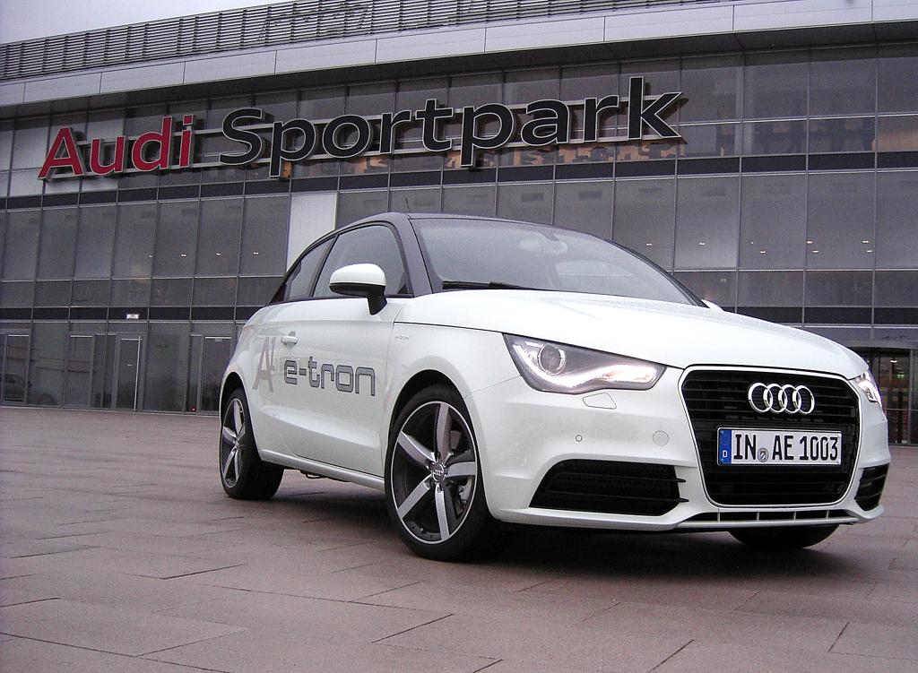 Drei Beispiele für Zukunftsmobilität noch als Konzeptautos: A1 e-tron ...