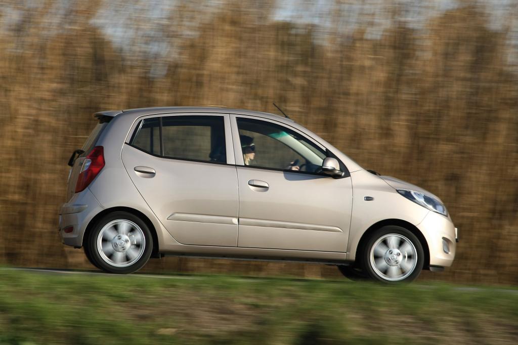 Ein Schwerpunkt der i10-Überarbeitung betrifft die beiden Vierzylinder-Benzinmotoren