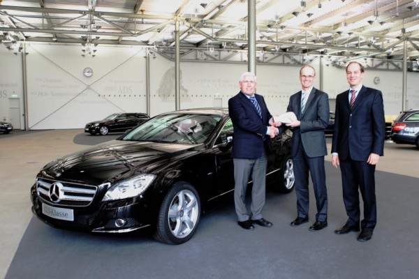 Erster Mercedes-Benz CLS ausgeliefert