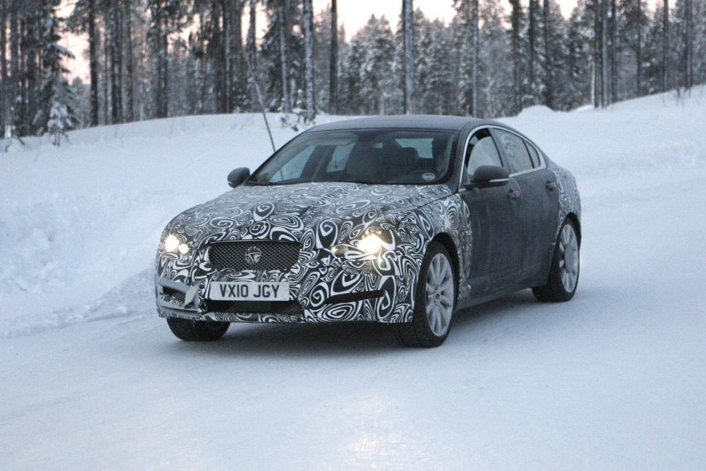 Erwischt: Erlkönig Jaguar XF – Ein Engländer im Schnee