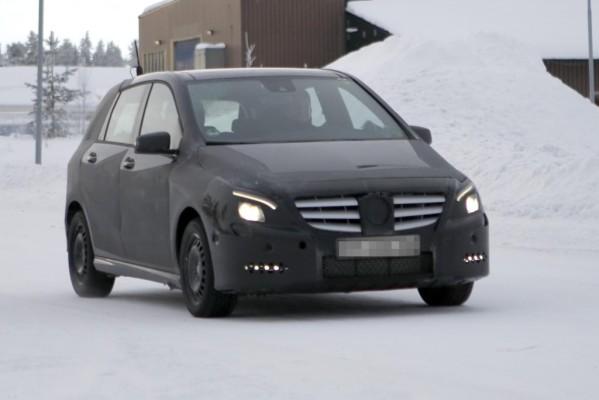 Erwischt: Erlkönig Mercedes-Benz B-Klasse auf deutschen Straßen