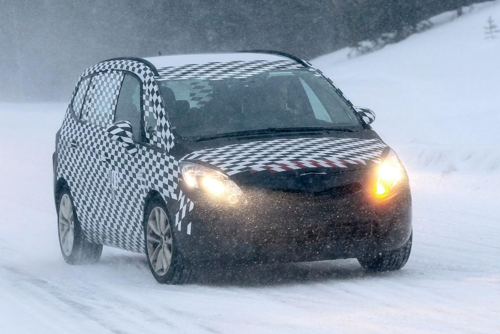 Erwischt: Erlkönig Opel Zafira – Weltpremiere auf der IAA noch in diesem Jahr