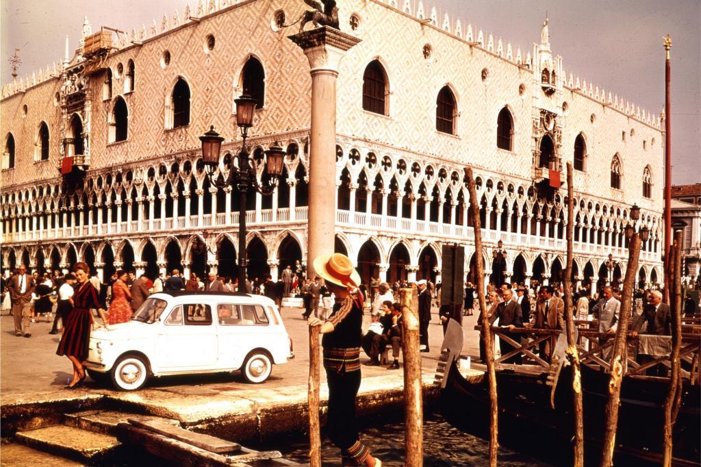Fiat 500 Giardiniera in Venedig, 1960