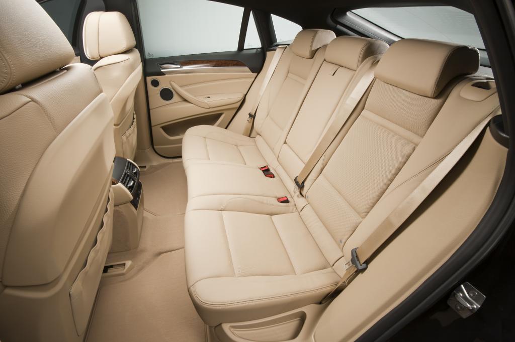 Fondsitzbank im BMW X6.
