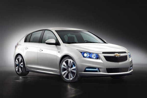 Genf 2011: Chevrolet Cruze Fließheck ab Mitte des Jahres erhältlich