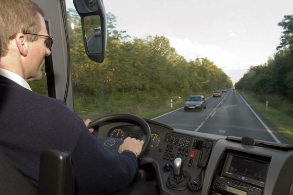 Gesetzesentwurf erleichtert Reiseverkehr mit Fernlinienbus