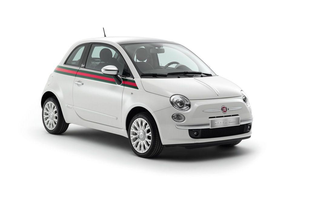 Gestaltet ist der Fiat 500 by Gucci in den Farben seines Heimatlandes