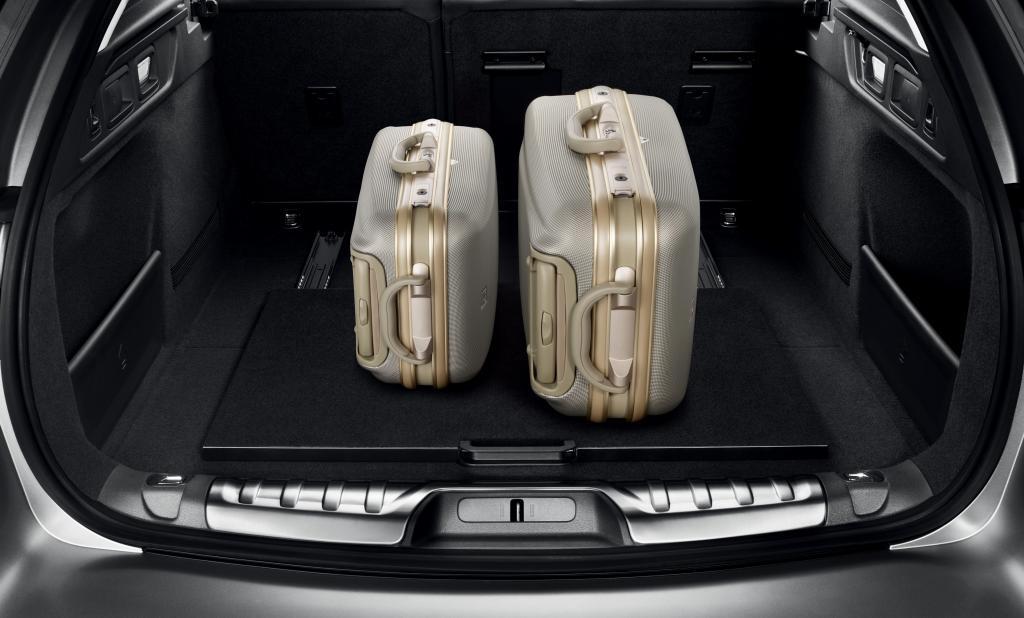 Herausziehbarer Gepäckraumboden für den Peugeot 508 SW.