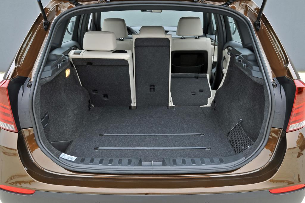 In den Kofferraum passen bis zu 1.350 Liter Gepäck