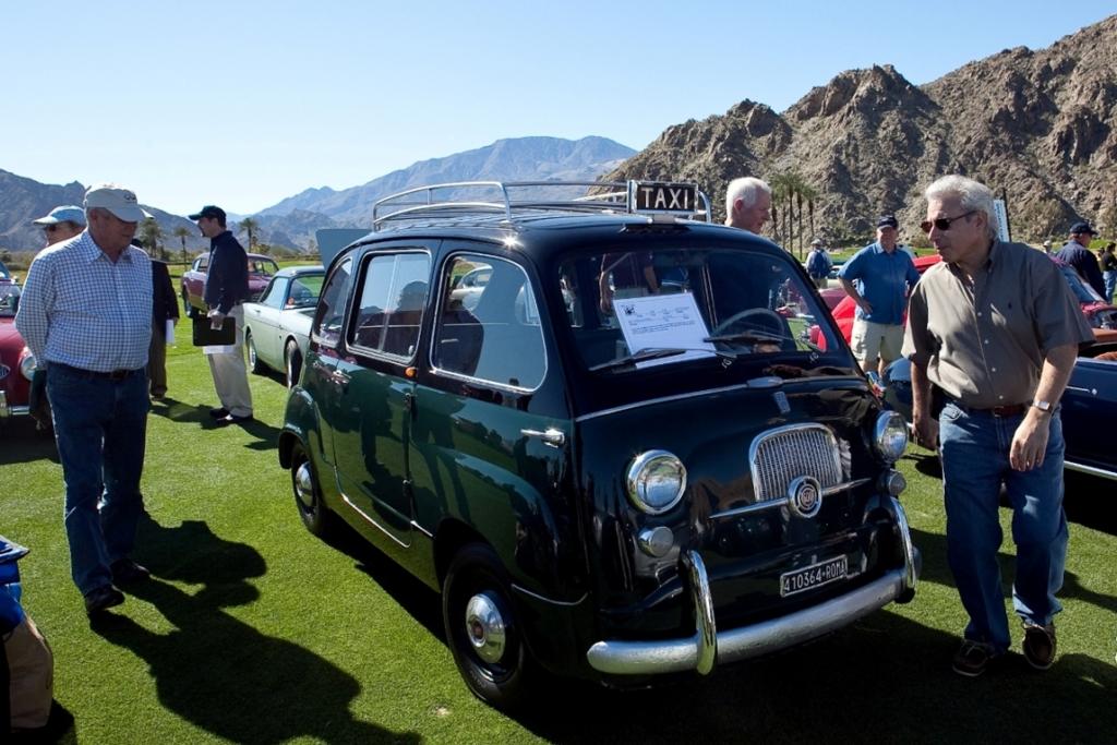 In den USA auch eher selten, Fiat 500 Multipla Taxi.