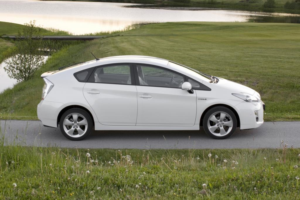 Japans Bestseller des Jahres 2010 war der Toyota Prius