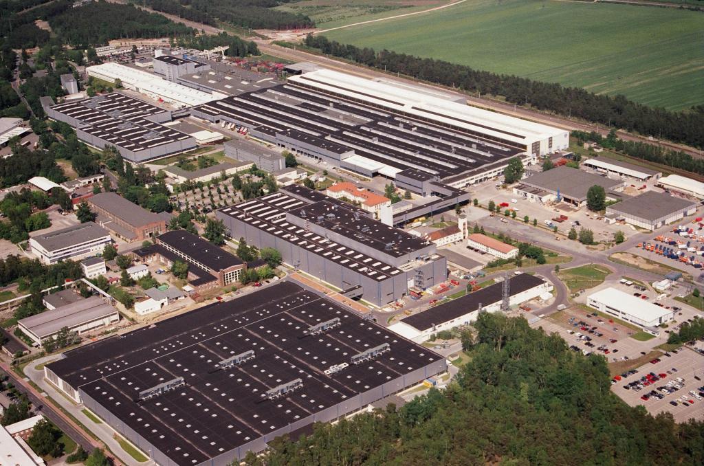 Luftaufnahme vom Daimler-Werk Ludwigsfelde.