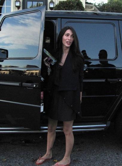 Megan Fox unterwegs mit ihrem Auto, Foto: Celebrity Cars