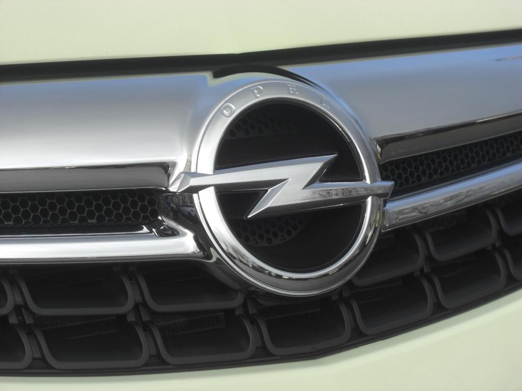 Opel Corsa mit ecoFLEX und Start/Stop-Automatik: Spar-Riese und Saubermann in Einem