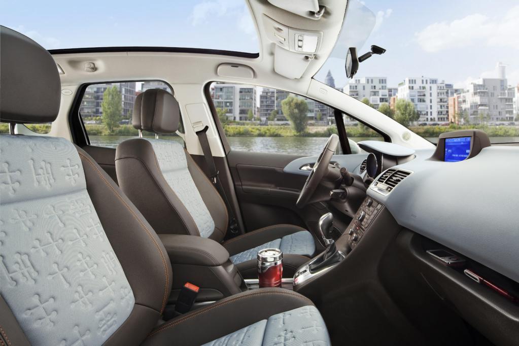 Opel bietet für den Meriva rückenschonende Ergonomie-Sitze an.