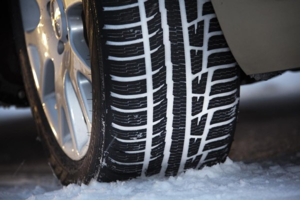 Reifen: ''Matschschleuder'' mit eingebautem Tiefenmesser