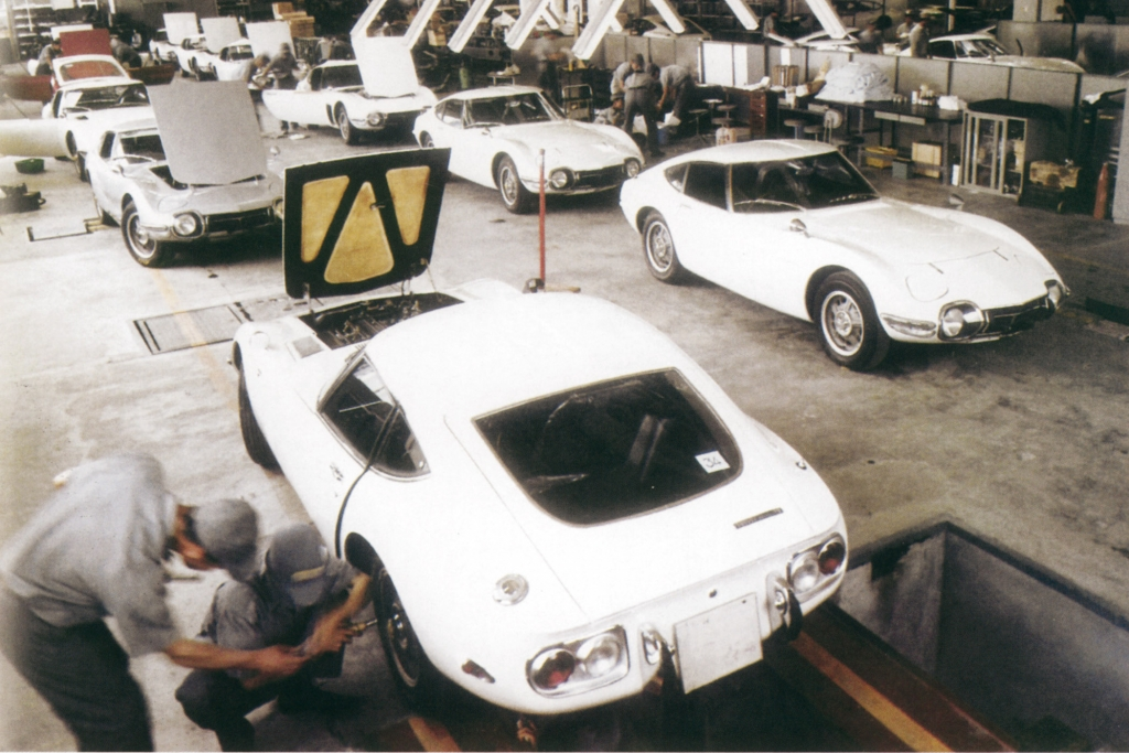 Toyota 2000 GT Produktionsbeginn Yamaha, 1967.