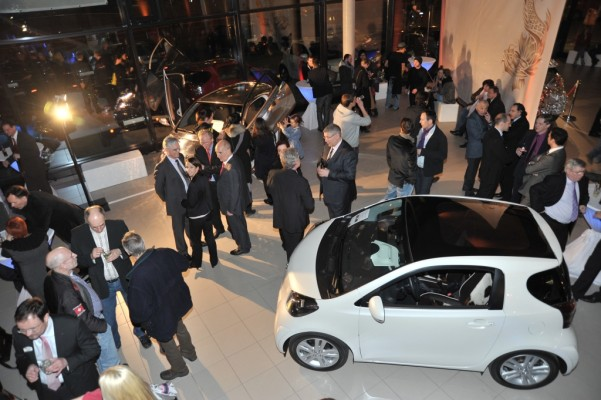 Toyota eröffnet iQ-Store in Berlin