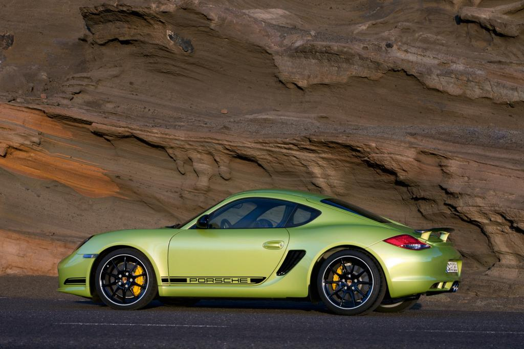 Um stolze 55 Kilogramm hat Porsche den Zweisitzer abgespeckt