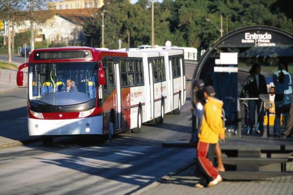 Volvo-Busse für Südamerika