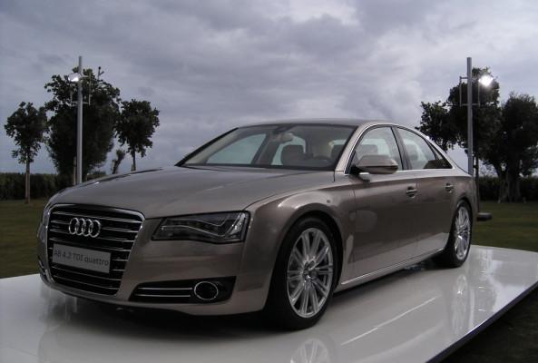 ''Leichtbau heißt bei uns Ultra'': Audi-Leichtbau-Chef Lutz-Eike Elend im auto.de-Gespräch