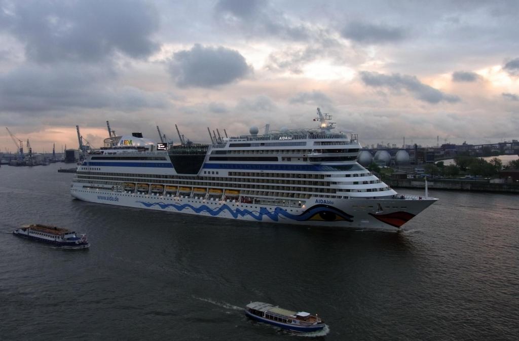 822. Hafengeburtstag Hamburg: Von der römischen Galeere bis zum modernen Luxusliner