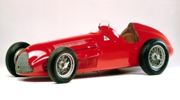 Alfa Romeo zeigt auf der Techno Classic 2011 legendäre Rennwagen