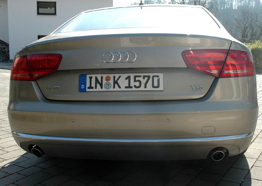 Audi A8: Blick auf die Rückseite der Stufenheck-Limousine.