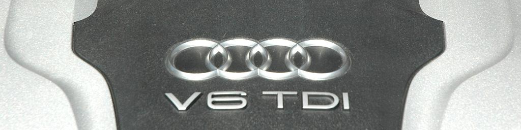 Audi A8: Blick unter die Motorhaube auf den Sechszylinder-Selbstzünder.