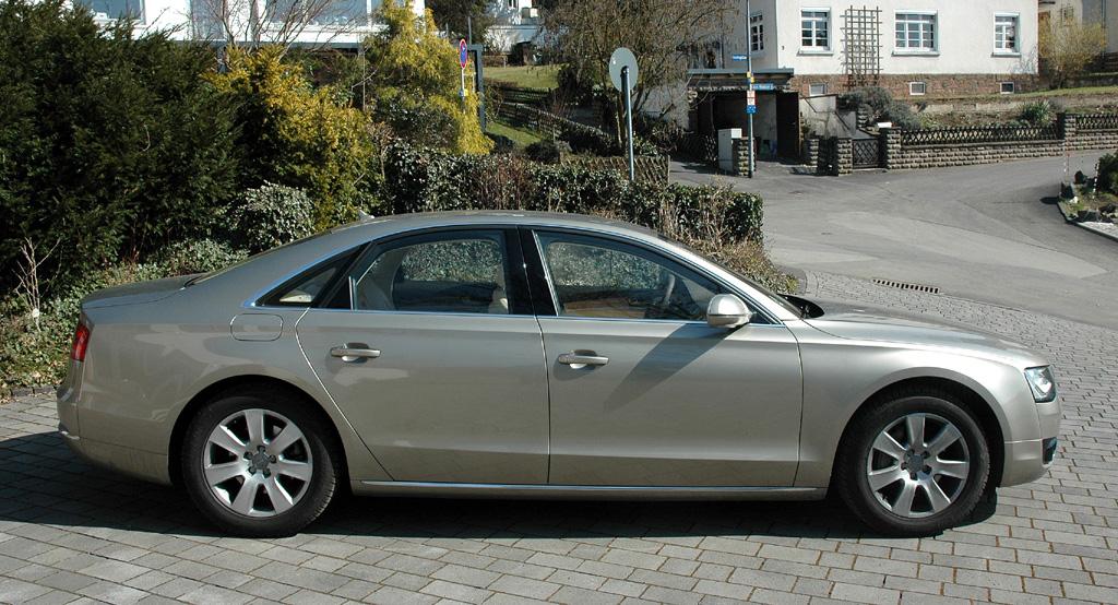Audi A8: Und so sieht der große Audi von der Seite aus.