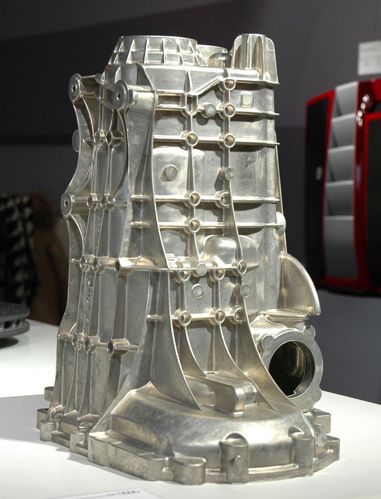 Audi-Leichtbau: Jedes Bauteil kommt bei Neuentwicklungen auf den Prüfstand.