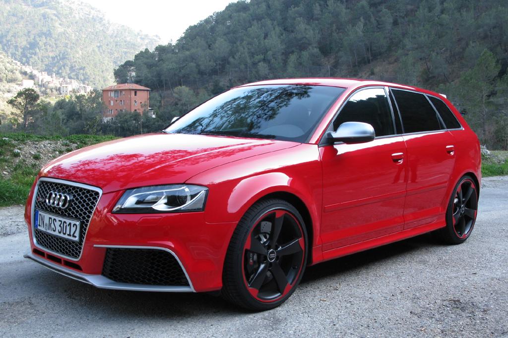 Audi RS3 Sportback: Die Power sieht man dem kompakten Kraftpaket schon von außen an.