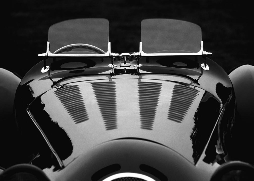 Auto-Autor zeigt seine Fotos von automobilen Klassikern