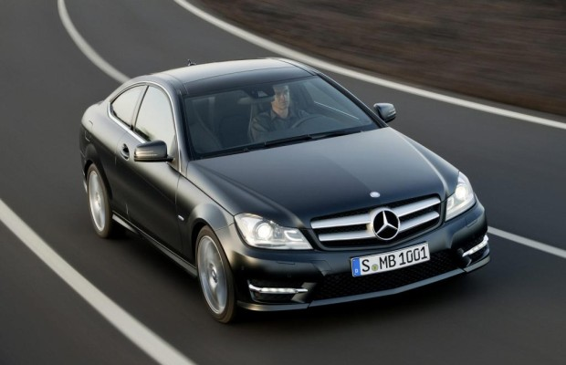 BMW und Mercedes in Genf: Fit für den Sommer und die Zukunft