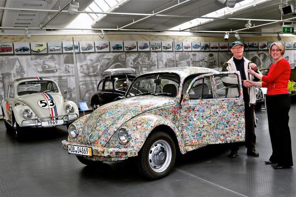 Briefmarken-Käfer zurück im AutoMuseum Volkswagen