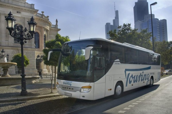 Busreise dauert im Schnitt 3,4 Tage