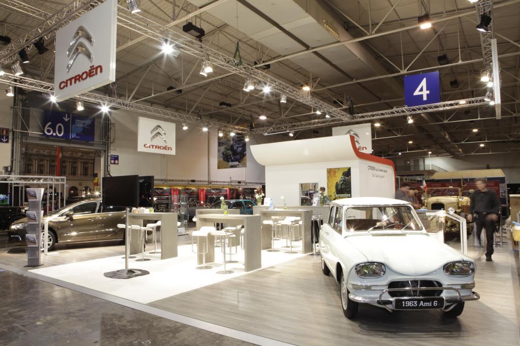 Citroën-Messestand auf der Techno Classica.
