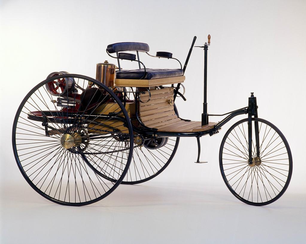Das erse Automobil der Welt: Benz Patent-Motorwagen (1886).