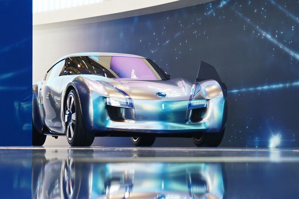 Der Nissan Esflow beschleunigt in weniger als fünf Sekunden auf 100 km/h