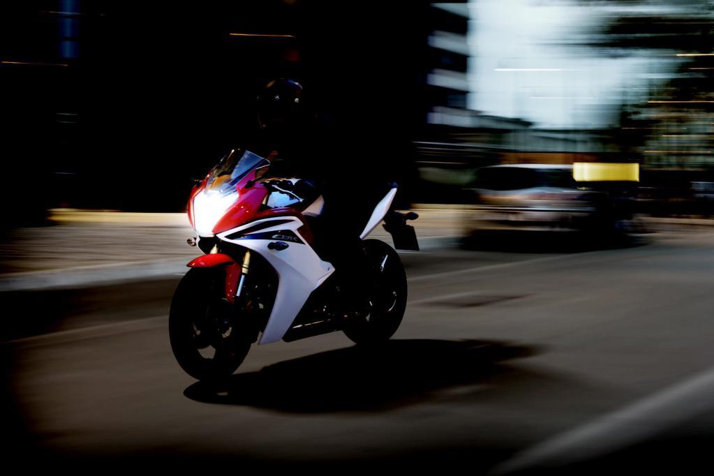 Die CBR 600F glänzt mit zeitlosem Design.