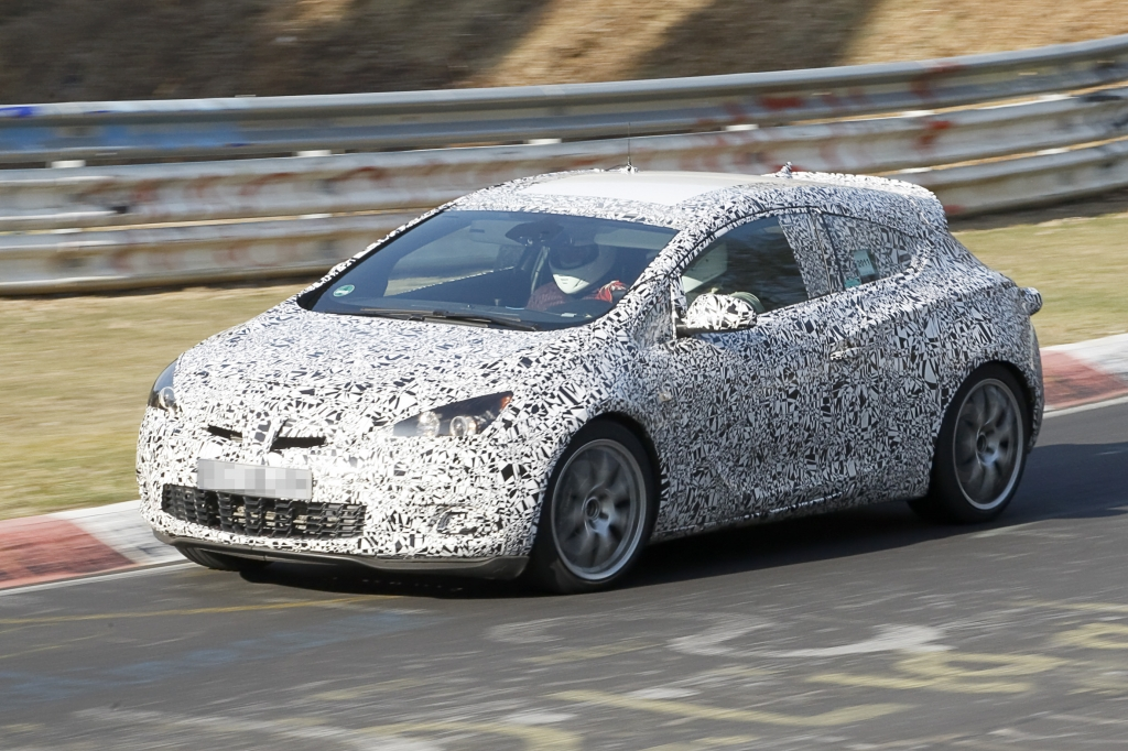 Erwischt: Erlkönig Opel Astra GTC OPC – Astra im Tiefflug