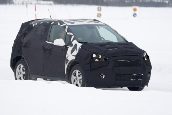 Erwischt: Erlkönig Opel Corsa SUV – Der kleine fürs Grobe