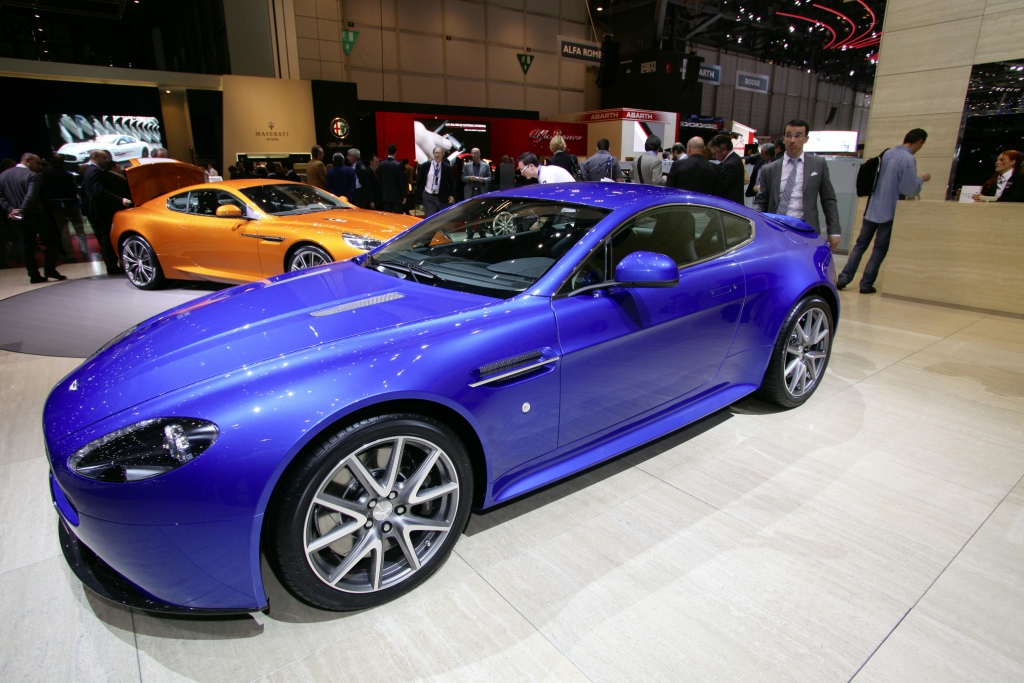 Genf 2011: Aston Martin präsentiert den V8 Vantage S